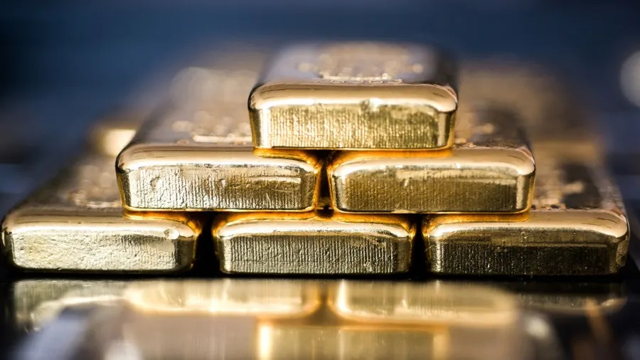 Jeff Clark: Why I'm Not Trading Gold's Next Move