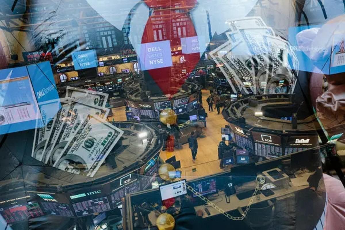 Dr. Steve Sjuggerud: You've Got to Own Stocks Now